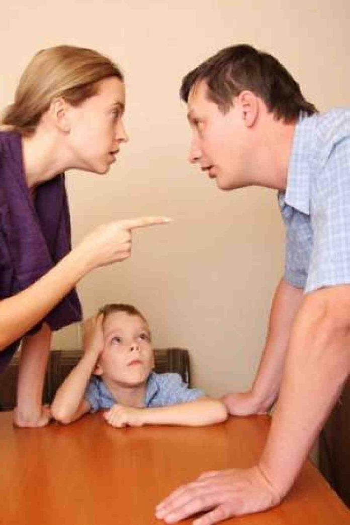 касается Маленький ребенок и развод такой