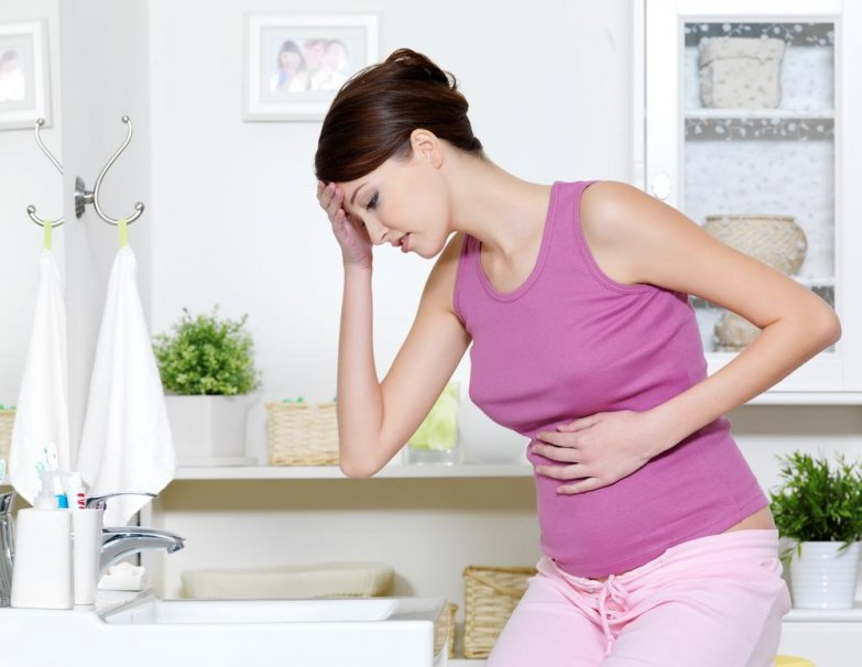 Ранний и поздний токсикоз при беременности: причины, симптомы, лечение