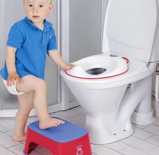 Пластиковая накладка на унитаз для детей 2-3 лет