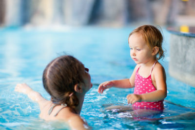 занятия в бассейне для развития детей 2,5 лет